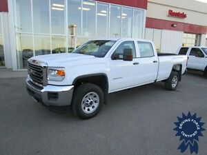 2016 GMC Sierra 3500HD Z71 Crew Cab 4X4 Long Box 8' w/B Up Cam