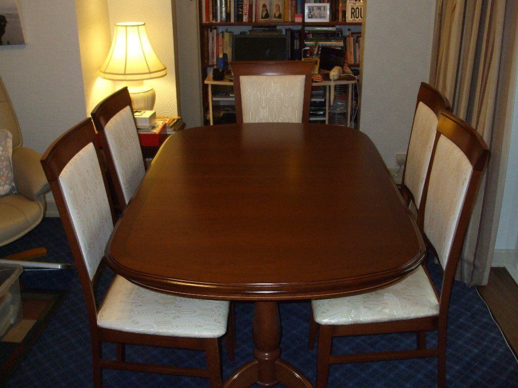 Cherrywood Dining Table 60ins(74ext) and six chairs (two carvery)