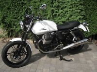 2013 MOTO GUZZI V7 STONE ( MINT CONDITION ) NEW M.O.T AND SERVICE. READY TO GO.
