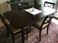 Wood extendable table (6-8) and chairs (6) £65