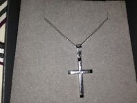 9ct white gold cross and chain