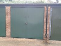 Urgent -LOCK UP SECURE GARAGE TO RENT IN CAMBERWELL ROAD SE5 Suitable for Car or Storage