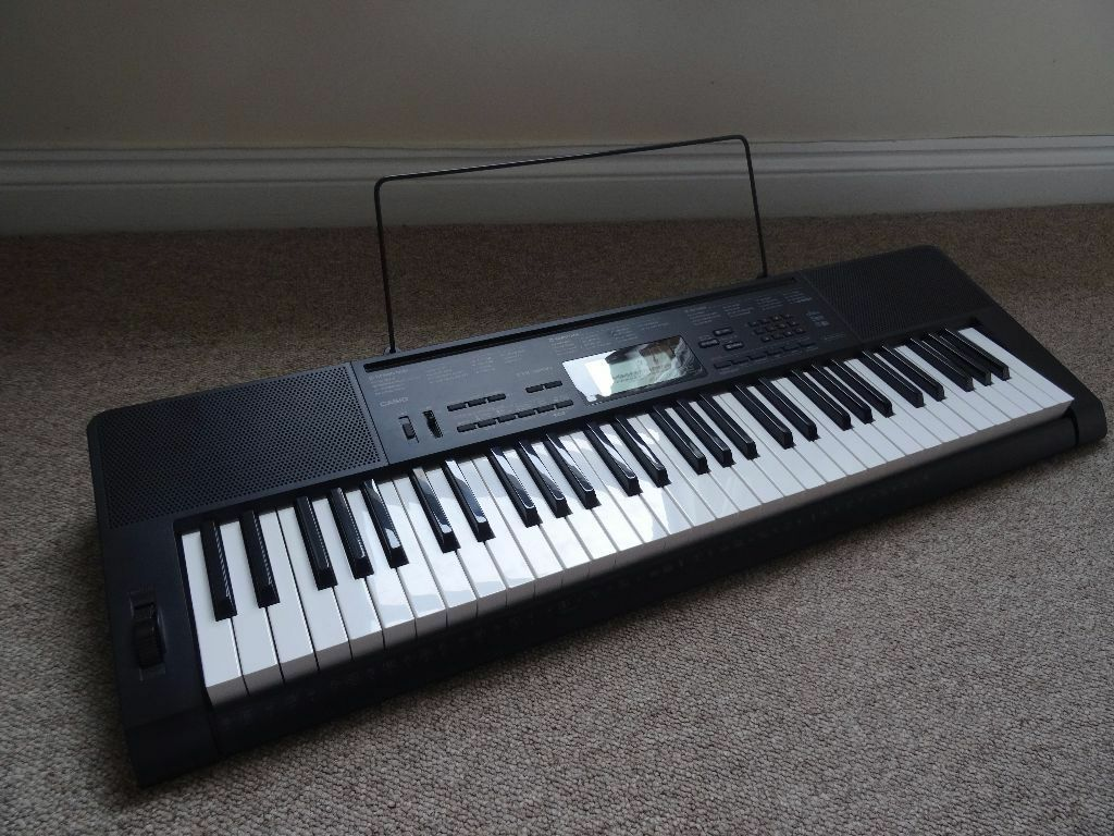 casio ctk 3200 keyboard in wimborne dorset gumtree. Black Bedroom Furniture Sets. Home Design Ideas