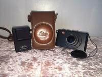 Leica D Lux 4 camera in good condition with camera case