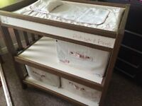 Mamas and Papas baby changer and cot. In a very good condition!