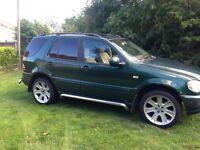 Mercedes ml 270 Cdi. Mot full year. 95k. £1000 no offers.