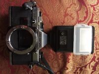 olympus OM10 camera 35mm Zuiko with 5 camera lens collectable