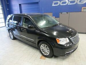 2016 Chrysler Town & Country TOURING W/LEATHER,CAMERA