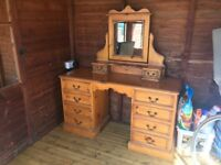 Lovely dressing table & Mirror