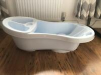 White Baby Bath with Top & Tail Bowl