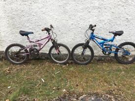 2x kids bikes