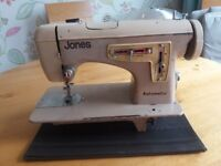 Sewing machine vintage Jones automatic. Pedal missing so can not test . Table available free.