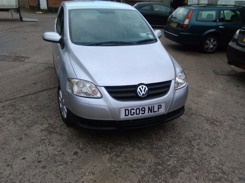 Volkswagen fox 1.2 full mot silver 2009 3door hatchback
