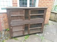 Rabbit hutch large double in good condition