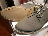 Gents grey size 7s and 9s