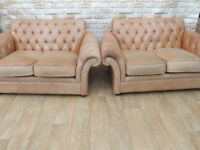 Pair of genuine Leather sofas Chesterfield made by Thomas Lloyd (Delivery)