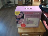 singer sewing machine brand new box with cottons see pics