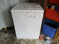 Dishwasher. 60cm wide Bosch full size Dishwasher in Mint condition.