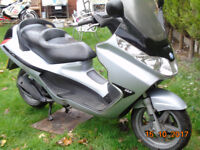 PIAGGIO X8 125 12mts mot good condition low miles less than 14000 Some marks no damage at all!¬!