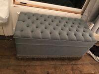 Shabby chic blanket box