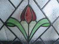 VINTAGE LEADED STAINED GLASS WINDOW WITH TULIP DESIGN FREE DELIVERY