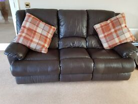 Brown leather 3piece suite electric + manual recliners