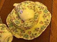 very pretty primrose pattern tea set