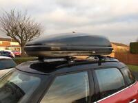 Halfords roof box Carbon fibre effect Huge!