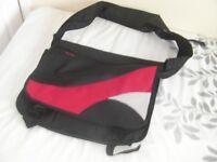 Laptop/Notebook/Business bag with shoulder strap,