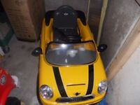 battery operated bmw mini with original charger little used