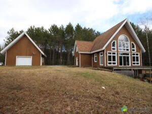 389 000$ - Maison à un étage et demi à vendre à St-Zénon