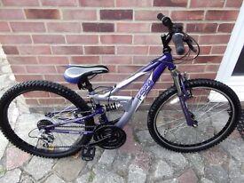 "girls mountain bike 24""inch wheels suit 8-10 years upwards"