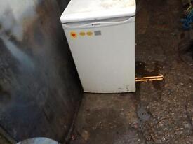 Little fridge fully working sale based Hackney London £45ono