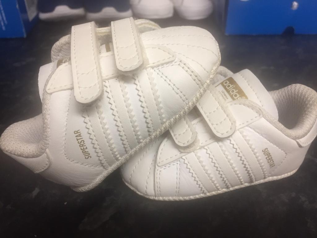 Adidas superstars infant crib trainers size 1
