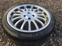 Alloy wheel with tyre