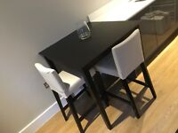 Bar table & two stools