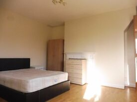 Stunning Two Bedroom Flat For Rent On Waltersville Road , N19