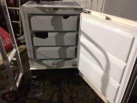 **INTEGRATED UNDERCOUNTER FREEZER**ONLY £30**FULLY WORKING**COLLECTION\DELIVERY**BARGAIN**