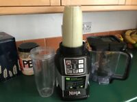 Ninja blender and two cups