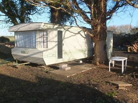 Static caravan in quiet rural location, in pretty countryside near Evesham