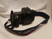Canon EOS 500 Auto Focus 35mm Film SLR Body Only - Tested - Working