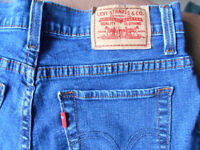 Levi Strauss & Co jeans. Perfectly slimming 512.