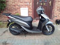 2013 Honda Vision 110 scooter, new MOT, low mileage, 1 owner, service history, great runner, not 125