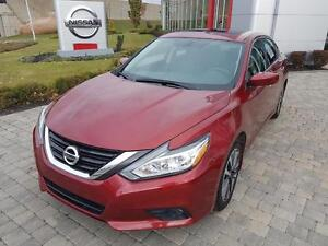 2016 Nissan Altima SV TOIT+MAGS+AC FULL