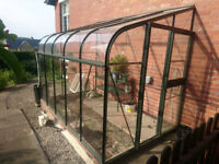 10ft Greenhouse, toughened/tempered glass, 2 x window-openers with staging unit