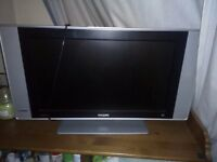TV PHILIPS + Freeview Digital Portable TV