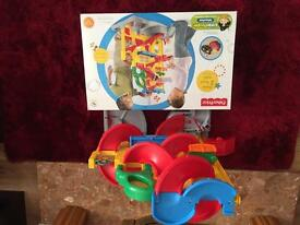 Fisher Price Little People® Wheelies™ Stand 'n Play™ Rampway