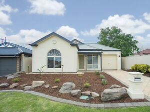 Lovely Three Bedroom House for Sale. Open 12.30-1pm Sat 21/1/17 Blakeview Playford Area Preview