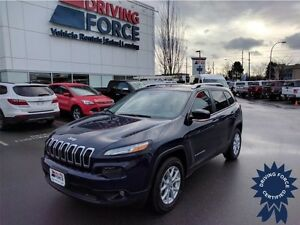 2015 Jeep Cherokee North, 3.2L V6 Gas, Seats 5, 32,972 KMs