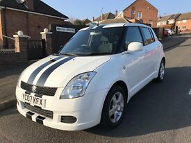 Suzuki Swift 1.3 GL **White With Black Sport Stripes**